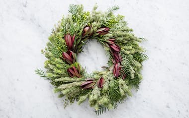 Small Wreath (Pepperberry, Safari Sunset, Wooly Bush)