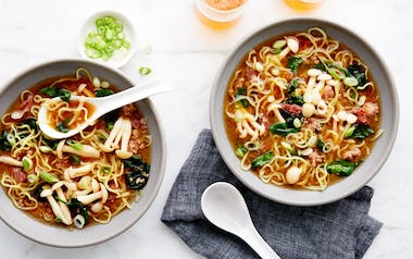 Pork Ramen with Spinach & Mushrooms