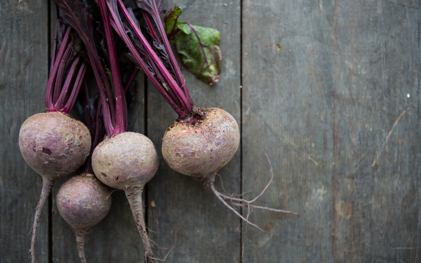 Organic Bunched Red Beets