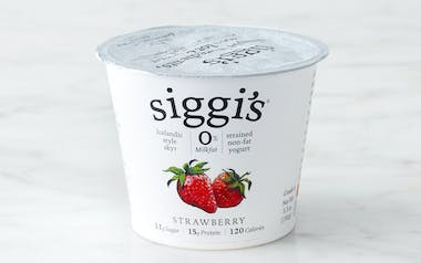 Nonfat Strawberry Icelandic Yogurt