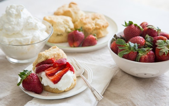 Strawberry Shortcake with Buttermilk Biscuits, Serves 4