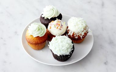 Assorted Mini St. Patrick's Day Cupcakes