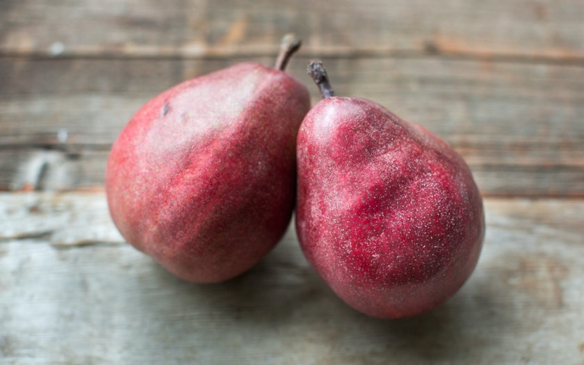 Organic & Biodynamic Small Red D'Anjou Pear Duo