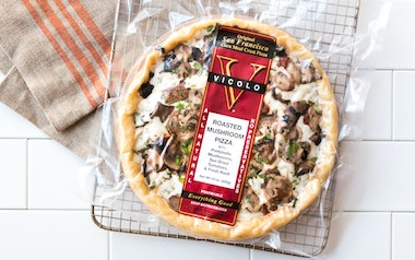Roasted Mushroom Cornmeal Crust Pizza