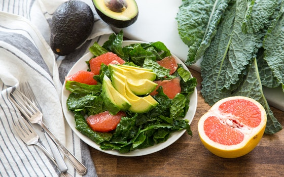 Grapefruit & Avocado Kale Salad, Serves 4