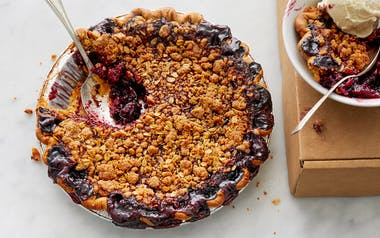 Vegan Blackberry Crumble