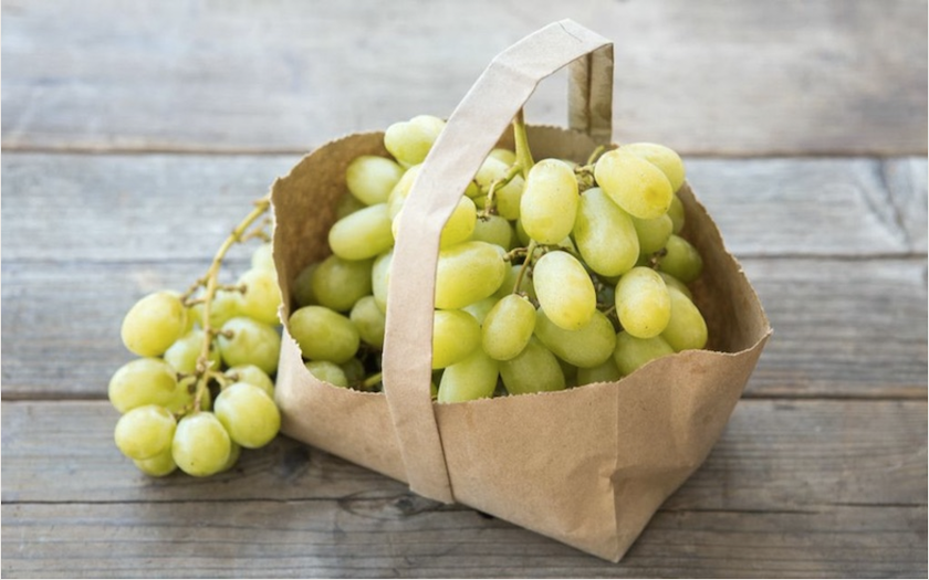 Organic Seedless Green Sugraone Grapes