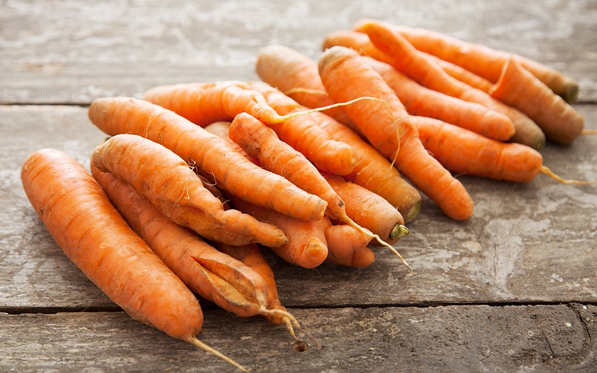 Organic Cosmetically-Challenged Juicing Carrots